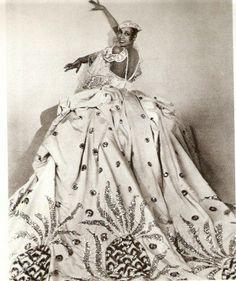 Josephine Baker in a Pineapple themed dress (circa 1920s)