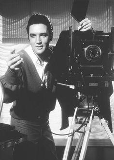 Elvis Presley. ☀