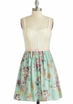 Seven Spring Dresses for Teens to Soak up The Sun | When Women ...