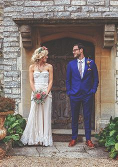 A vintage festival wedding in Somerset. I'm absolutely in love with the bride's dress!