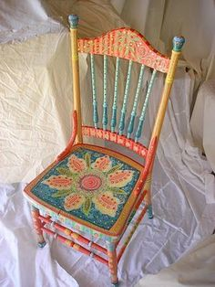 Painting It: Handpainted Chairs–love the explosion of color and design! Painting It: Handpainted Chairs–love the explosion of color and design! Redo Furniture, Furniture Chair, Whimsical Painted Furniture, Painted Chair, Painted Furniture, Painted Wooden Chairs, Chair, Painted Chairs, Funky Painted Furniture