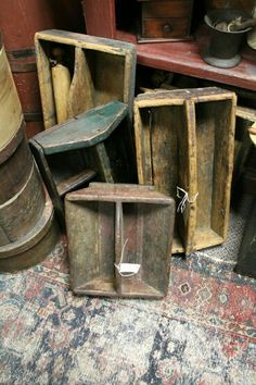 Old primitive wooden tool boxes---love the old tool boxes--need some to display fat quarters of fabric Primitive Furniture, Primitive Antiques, Primitive Crafts, Country Primitive, Wood Crafts, Vintage Antiques, Country Furniture, Primitive Kitchen, Wooden Tool Boxes