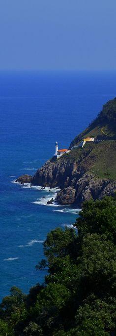 Faro Del Pescador (Fisherman lighthouse), Santona, Cantabria, Spain