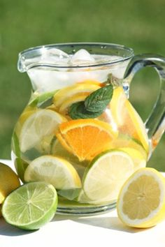 Make your water a little more exciting with these 5 recipes for flavored water, simple & flavorful! #cleaneating #flavoredwater