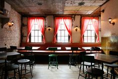 Tiny's and the Bar Upstairs, bon brunch à Tribeca