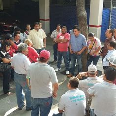 Comité directivo del Sindicato de Servidores Públicos en reunión de trabajo con los compañeros de Aseo Contradado.  Atentamente Lic.Carlos Ortiz Longoria Secretario General.