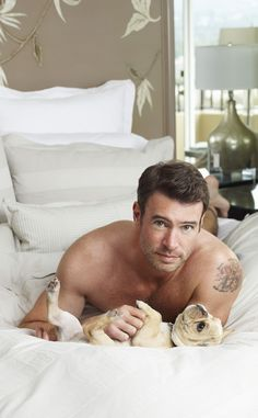 Shirtless Scott Foley Cuddles With French Bulldog Puppies in Bed?See the Pics! | E! Online Mobile