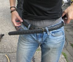 the new trend: make a belt from a bicycle tyre, pinned by Ton van der Veer Tire Craft, Old Tires, Bicycle Tires, Bike Art, New Trends, Creative Ideas, Crafting, Van, Denim