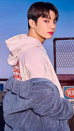 Seokjin, Namjoon, Taehyung, Jung Hyun, Jung Hoseok, South Korean Boy Band, Boy Bands, Most Handsome Actors, Cute Love Wallpapers