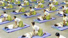 Te estirarás en un futon con ropa cómoda y nosotros iremos haciendo presiones y estiramientos siguiendo los meridianos energéticos de tu cuerpo, todo se hace a un ritmo regular, de tal manera que la respiración del masajista se armoniza con la del paciente. El masaje abarca todo el cuerpo, desde los pies hasta la cabeza. El nuad bo ram como lo llaman en Tailandia se centra en eliminar toxinas, liberando el Qi y ofreciendo sensación de paz en cuerpo y mente.