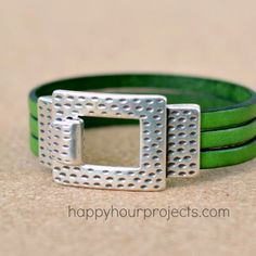 5-Minute Flat Leather Bracelet
