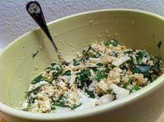 salat af blomkål, mandler, parmesan