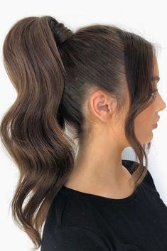 A high ponytail hairstyle looks super pretty. And most importantly, you can wear it for any occasion. So, get familiar with this trend. Hair Ponytail Styles, Weave Ponytail Hairstyles, Ball Hairstyles, Wedding Hairstyles, Sleek Hairstyles, Winter Hairstyles, Pretty Hairstyles, Medium Hair Styles, Natural Hair Styles