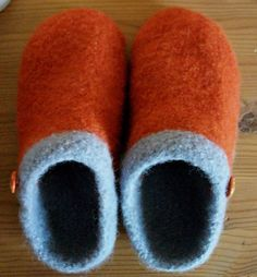 Diy Crafts - Ravelry: EZ Felted Slipper Pattern pattern by Kris Basta - Kriskrafter, LLC Felted Slippers Pattern, Knitted Slippers, Ravelry, Needle Felted, Wet Felting, Knitting Projects, Knitting Patterns, Blanket Patterns, Simply Knitting