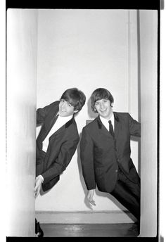 Paul McCartney and Ringo Starr Beatles One, Beatles Photos, Liverpool, Bug Boy, Richard Starkey, The Fab Four, Ringo Starr, George Harrison, All You Need Is Love