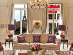 Luxury Hotels: Plaza Athénée Is The Haute Couture address in Paris