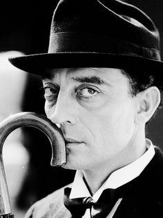 bobertsbobgomery:    Buster Keaton, 1932
