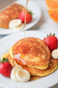 Coconut Flour Pancakes are a healthy breakfast treat recipe. It's paleo gluten free and a tasty way to keep up your clean eating habits. Breakfast And Brunch, Healthy Breakfast Recipes, Paleo Recipes, Healthy Snacks, Breakfast Ideas, Fodmap Breakfast, Free Recipes, Morning Breakfast, Vegan Breakfast