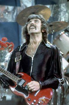 Rock N Roll Music, Rock And Roll, Heavy Metal, Black Sabbath Concert, 80s Rock Bands, James Dio, Tribute, Famous Musicians, Judas Priest