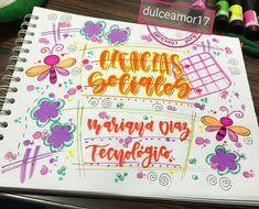 Hermosos detalles  @dulceamor17 ATENCIÓN!! Estaremos del 9 de enero al 13 en la ci... | Yooying School Notebooks, Decorate Notebook, Studyblr, Book Art, Diy And Crafts, Doodles, Bullet Journal, Letters, Album