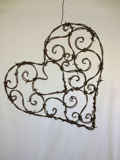 Vintage French Soul ~ Beautiful 12 Spirillian Barbed Wire Heart of by thedustyraven Barb Wire Crafts, Metal Crafts, Diy And Crafts, Wire Hanger Crafts, Metal Projects, Barbed Wire Art, Barbed Wire Wreath, Art Fil, Beads And Wire