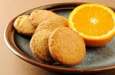 Μπισκότα με πορτοκάλι! Orange Cookies, Food Porn, Yams, Greek Recipes, Cornbread, Cookie Recipes, Biscuits, Deserts, Brunch