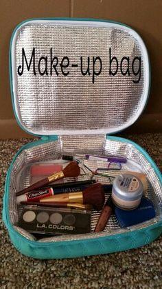 Thirty-One Gifts - Make-up bag! #ThirtyOneGifts #ThirtyOne #Monogramming #Organization #AugustSpecial #Chillicious #Thermal