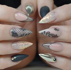 Cute acrylic nails look extremely elegant and sophisticated. Acrylic covers even broken nails. They also make weak nails strong. Best Acrylic Nails, Acrylic Nail Designs, Nail Art Designs, Lace Nails, Stiletto Nails, Get Nails, Hair And Nails, Uñas Fashion, Chrome Nails