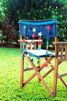 Mini Star Chair Bunting, Best 4th of July Decor Ideas via A Blissful Nest