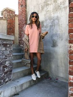 Best 20 Style Inspiration with Pink Dress on December! https://fashiotopia.com/2017/12/09/20-style-inspiration-pink-dress-december/ Looks trendy and fashionable is a must, especially for every girls. To look fashionable it takes a variety of tricks, especially in the color selecti...