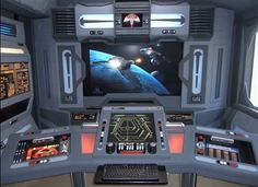 Steve Doman made several rooms that resemble Star Trek. They are incredible! Star Trek Theme, Star Trek 1, Star Trek Ships, Star Trek Bridge, Hot Toys Iron Man, House Star, Science Fiction, Bedroom Themes, Bedroom Boys