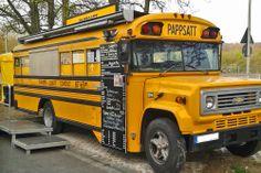 Imbiss im Schulbus