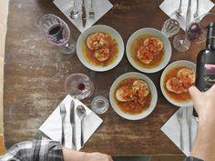 AUTS BROD — ED!BLE Altes Brot nicht wegwerfen sonder auf köstliche Weise in die nächste Suppe integrieren. Das ist die Devise! Aqua Cotta. Ti amo. Ramen, Zero, Tableware, Ethnic Recipes, Kitchen, Food, Aqua, Casseroles, Cucina