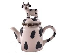 Cow Home and Garden Decor Cow Kitchen Decor, Cow Decor, Kitchen Hot Pads, Cow Ornaments, Cow House, Holstein Cows, Cow Pictures, Cow Gifts, Hand Painted Gourds