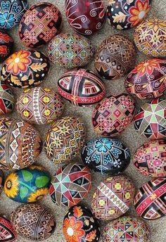andallshallbewell:Ukrainian Easter Eggs!!!