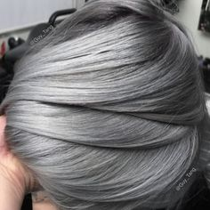 What to know about the metallic hair dye everyone is flexing on Metallic Hair Color, Mens Hair Colour, Hair Color Dark, Silver Hair Men, Grey Hair Men, Hair Maintenance Tips, Pelo Color Plata, Short Textured Hair, Green Hair