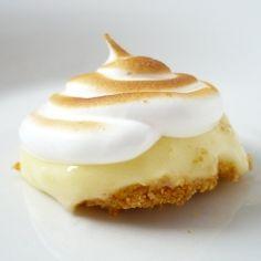 Bite-sized lemon meringues with graham cracker crust