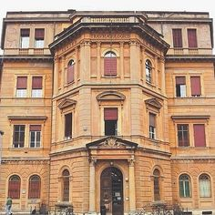 @bianca_gege L'ex Conservatorio per zitelle Regina Margherita, Via Gramsci | MyTurismoER: Bologna attraverso lo sguardo fotografico di @igersbologna