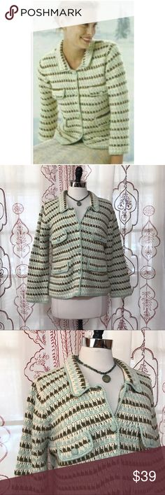 NEW LISTING💜Anthropologie yarn cardigan sweater Size large. HWR by Anthro. Cloth covered buttons down front. Two top faux pockets. Two bottom real pockets. Lined. Wool, acrylic. EUC  💟Fast 1-2 day shipping 💟Reasonable offers accepted 💟Purchase 3 or more items & get a special bundle rate!  💟Smoke-free home Anthropologie Sweaters Cardigans