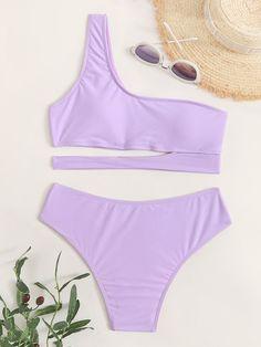 Bathing Suits For Teens, Summer Bathing Suits, Cute Bathing Suits, Flattering Swimsuits, Cute Swimsuits, Cute Bikinis, Beachwear Fashion, Bandeau Swimsuit, One Shoulder Bikini