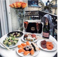 Food, sushi, and luxury image boujee lifestyle, paris balcony, birthday goa Comida Picnic, Boujee Lifestyle, Wealthy Lifestyle, Billionaire Lifestyle, Luxury Lifestyle Fashion, Brunch, Love Food, Cravings, Food Porn