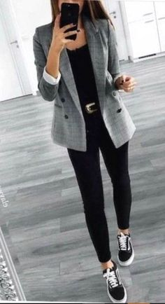 casual outfits for women \ casual outfits ; casual outfits for winter ; casual outfits for women ; casual outfits for work ; casual outfits for school ; casual outfits for teens Spring Work Outfits, Spring Outfits Women, Spring Clothes, Business Outfit, Business Casual Outfits, Business Casual Sneakers, Professional Work Outfits, Business Look, Womens Clothing Stores