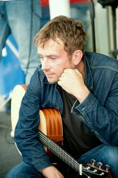 Damon Albarn, Jamie Hewlett, Monster Museum, Britpop, Music Images, Gorillaz, Blur, Cool Bands, Graham