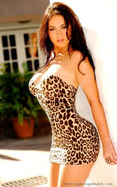 ❤Meeting gorgeous cougar women and dating with them at  www.singlecougarmatch.com❤
