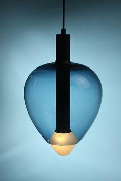 Ceiling lamp, designed by Tapio Wirkkala for Idman Oy, Finland Interior Lighting, Home Lighting, Modern Lighting, Lighting Concepts, Lighting Design, Ceiling Lamp, Ceiling Lights, Glass Ceiling, Glass Chandelier
