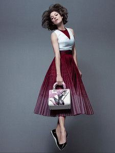 Marion Cotillard Glides Through the Air in 'Lady Dior' Campaign!: Photo Marion Cotillard is the epitome of grace while gliding through the air in these new photos from the Lady Dior campaign. The actress used a trampoline… Marion Cotillard, Lady Dior, Fashion Mode, High Fashion, Womens Fashion, Fashion Hair, Fashion Beauty, Winter Fashion, Christian Dior