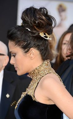 Salma Hayek Decks Out Her 'Do for the 2013 Oscars