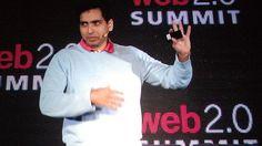 Salman Khan veut décliner sa plateforme de cours dans la plupart des grandes langues.