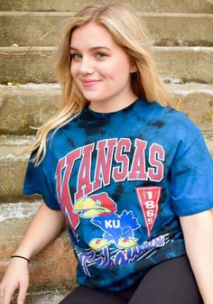 Nurses Discover 47 Kansas Jayhawks Blue Vintage Tubular Tie Dye Short Sleeve Fashion T Shirt - 48005392 Classic Cartoon Characters, Classic Cartoons, Tie Dye Shorts, Blue Shorts, Tie Dye Fashion, Kansas Jayhawks, Fashion Outfits, Female, Nurses
