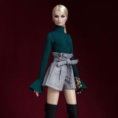 arolin in {Gemini}. Matte black boots were now sold out. Fashion Royalty Dolls, Fashion Dolls, Fashion Outfits, Doll Clothes Barbie, Barbie Dress, Hello Barbie, Manequin, Barbie Fashionista Dolls, Casual Chique